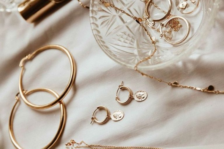 10 every day pair of earrings, you'll never want to take off