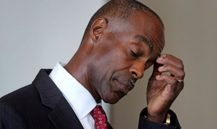 Embattled Florida school superintendent offers to step down
